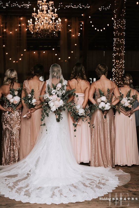 Glamorous Rose Gold Wedding Decor Ideas | Wedding Estates