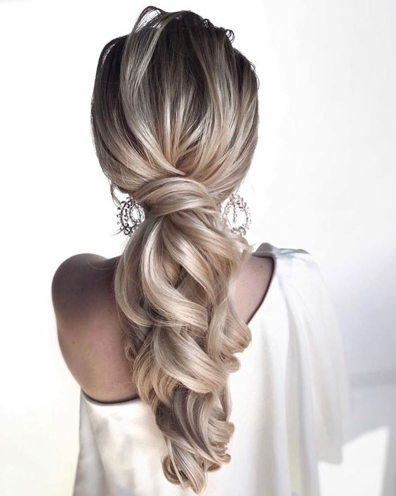Winter Wedding Hairstyles For 2019