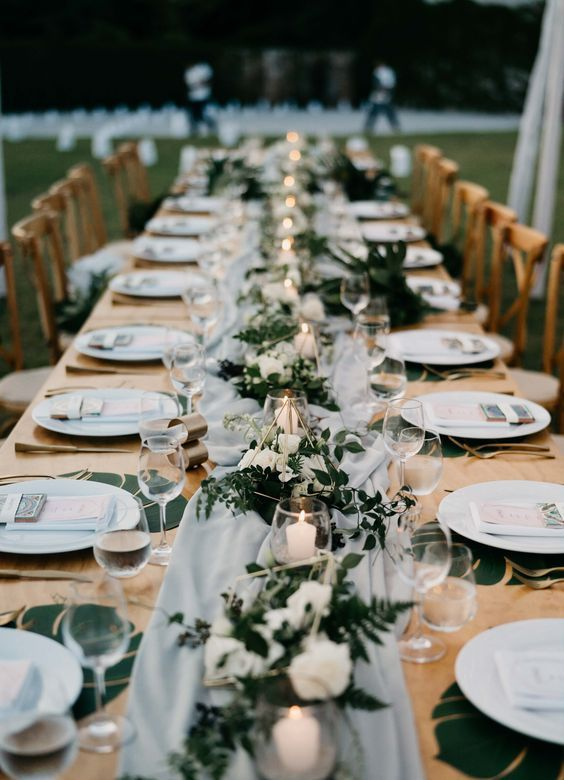 4 Rustic Wedding Decor Ideas for Spring Weddings | Wedding Estates